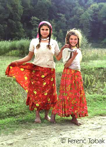 Traditional Gypsy Clothing Women Images & Pictures - Becuo